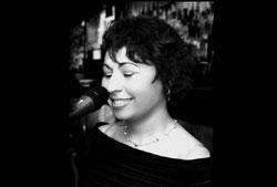 Caroline Simpson - Jazz / Soul / Gospel - Sängerin, Hochzeitssängerin, Gospelsängerin, Gospelhochzeit